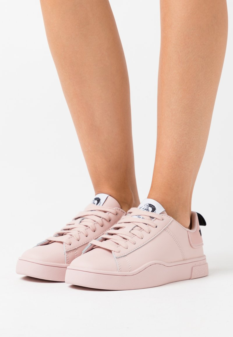Diesel - CLEVER S-CLEVER LOW LACE W - Trainers - soft pink