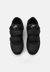 Nike Sportswear - VALIANT  - Trainers - black/metallic gold star/white - 3