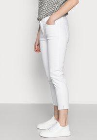 Esprit - SLIM CAP - Slim fit jeans - white - 3