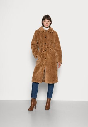 MOUSSY BELT COAT - Winter coat - pecan brown