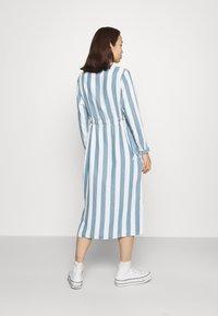 Lee - WORKER DRESS - Shirt dress - dawn blue - 2