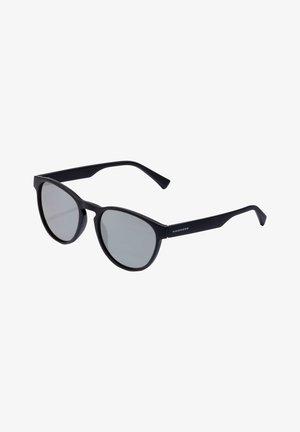 CRUSH - Gafas de sol - black