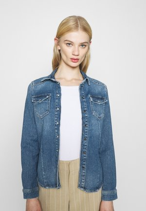 ONLROCK LIFE  - Button-down blouse - light blue denim