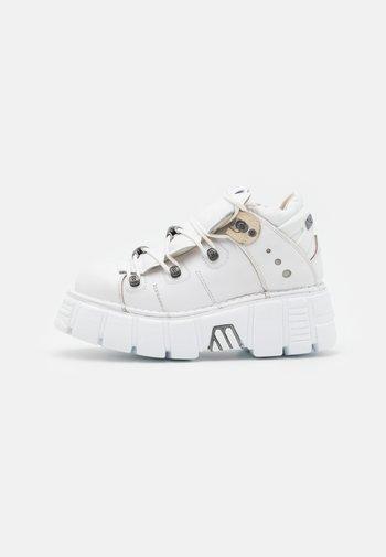 UNISEX - Vysoké tenisky - white