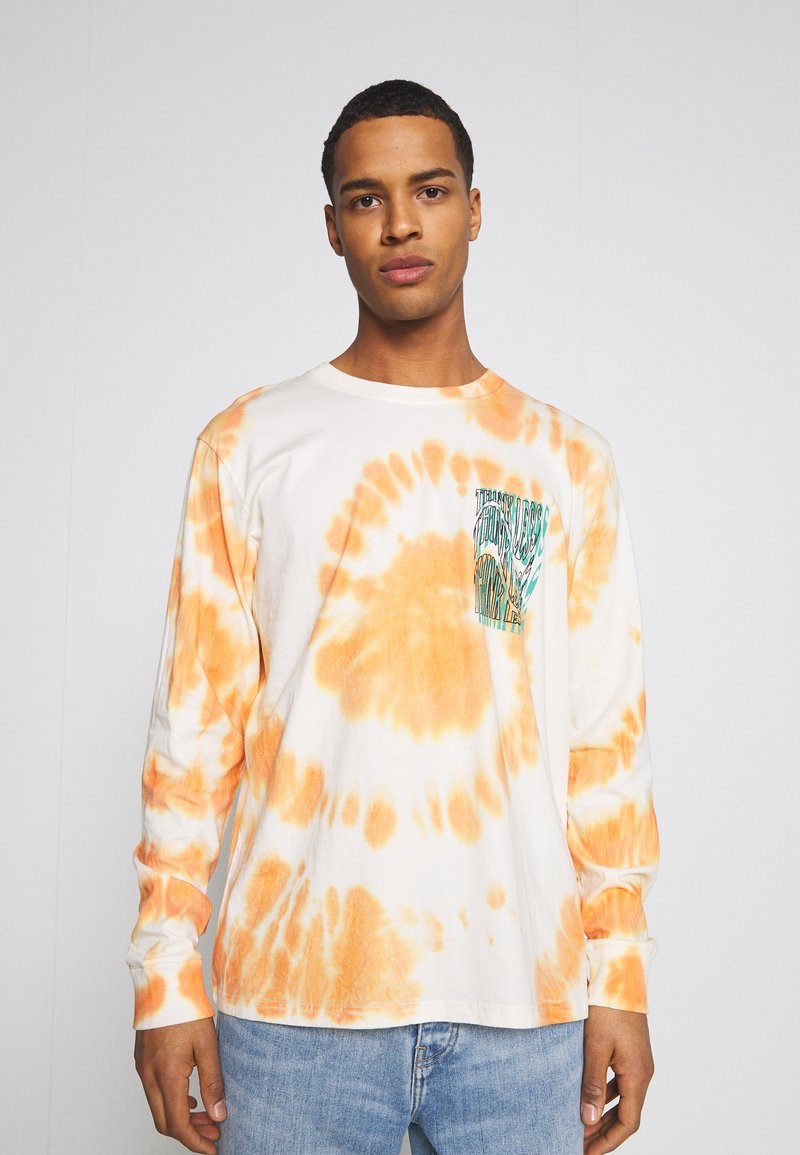 Urban Threads - GRAPHIC LONG SLEEVE TEE - Pitkähihainen paita - white