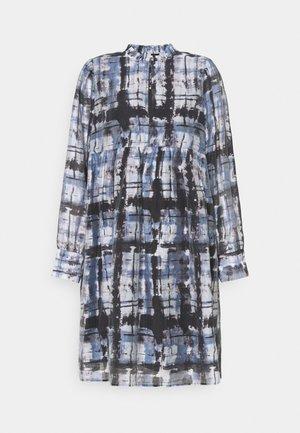 IMPRINT DRESS - Denní šaty - blue shadow