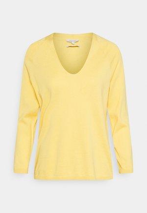V NECK - Jumper - mellow yellow