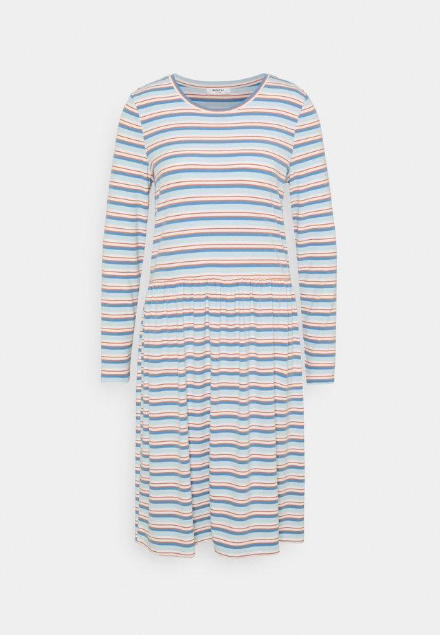 KYRA DRESS - Sukienka z dżerseju - ice