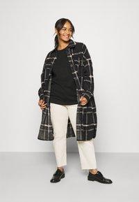Vero Moda Curve - VMCHRISSIE LONG SHIRT - Summer jacket - dark grey melange - 0