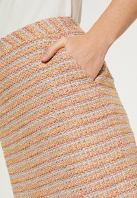 comma - A-line skirt - yellow - 3