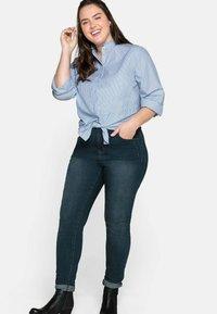 Sheego - Button-down blouse - offwhite gestreift - 3