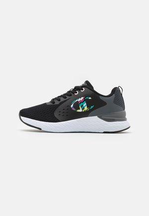 LOW CUT SHOE BOLD - Zapatillas de running neutras - black
