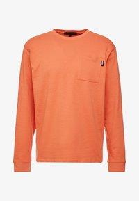 Mennace - ESSENTIAL SIGNATURE POCKET  - Long sleeved top - orange - 4