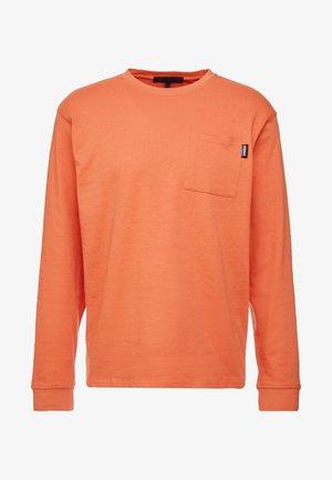 ESSENTIAL SIGNATURE POCKET  - Maglietta a manica lunga - orange