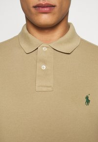 Polo Ralph Lauren - REPRODUCTION - Polotričko - boating khaki - 5