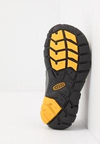 Keen - SEACAMP II CNX - Walking sandals - black/yellow - 5