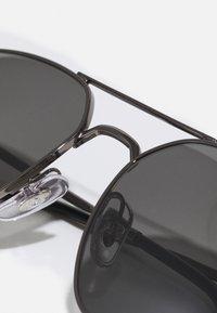 Ray-Ban - UNISEX - Sunglasses - shiny gun metal - 3
