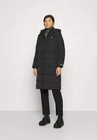Calvin Klein Jeans - PEACHED LONG PUFFER - Winter coat - black - 0
