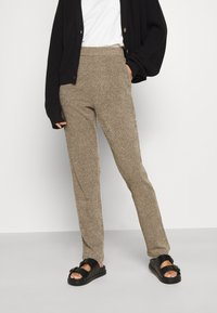 ONLY - ONLALBA AMY PANT - Trousers - tigers eye - 0