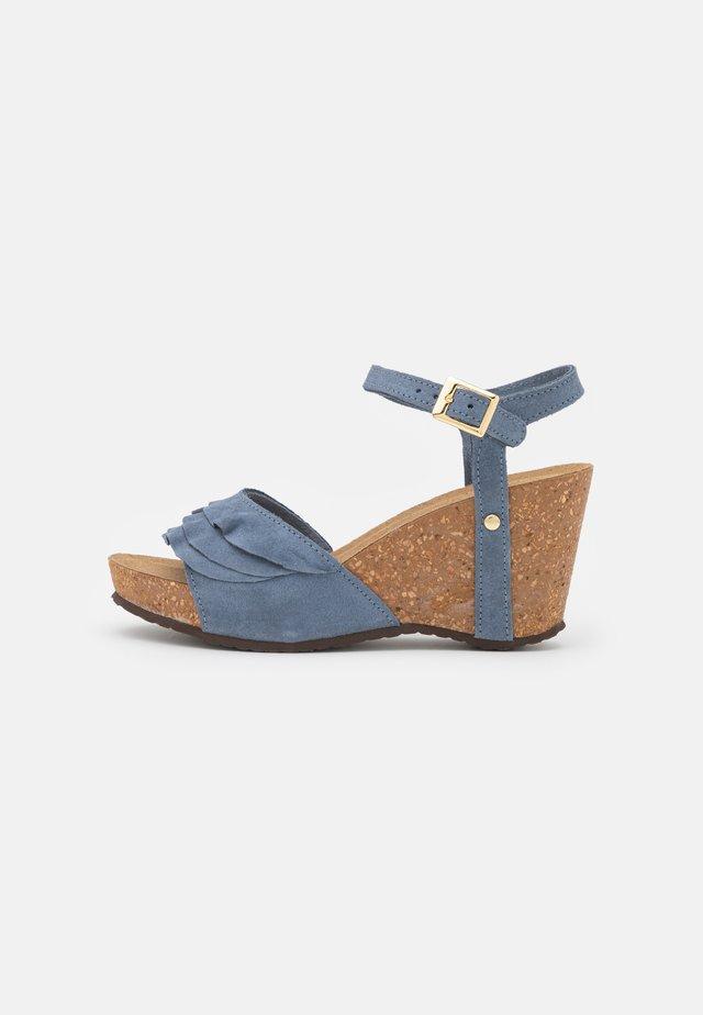 ELVIRA  - Sandály na platformě - jeans blue