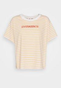 GRAPHIC VARSITY TEE - T-shirt z nadrukiem - pearl/tofu