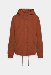 JDYNEWHAZEL SHINE JACKET - Summer jacket - metallic red