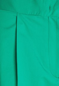 PS Paul Smith - WOMENS PANTS - Trousers - green - 2