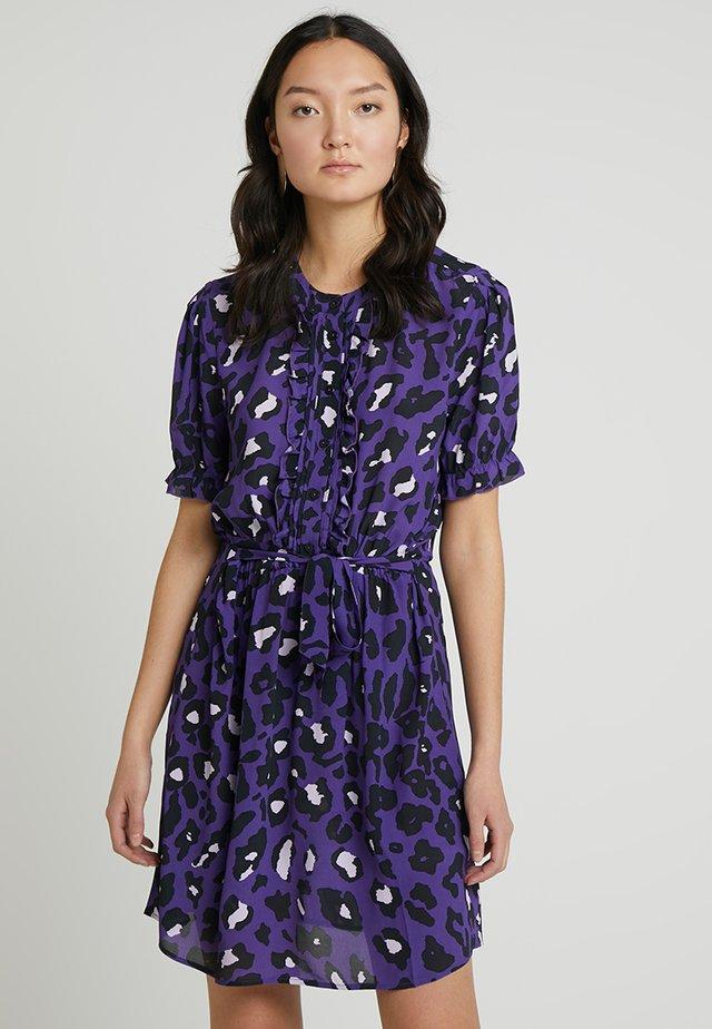 CHASE DRESS - Korte jurk - purple