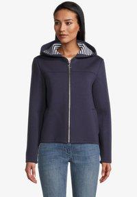 Amber & June - Zip-up sweatshirt - mittelblau - 0
