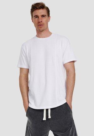 ORKUN - Basic T-shirt - white
