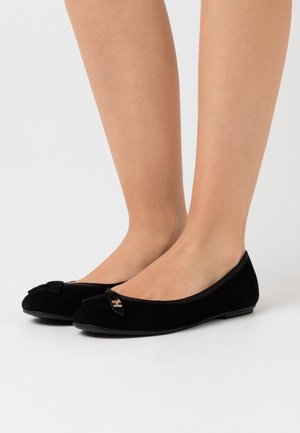 ESSENTIAL - Ballet pumps - black