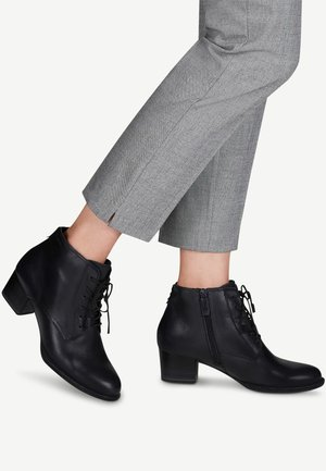 STIEFELETTE - Cowboy/biker ankle boot - navy