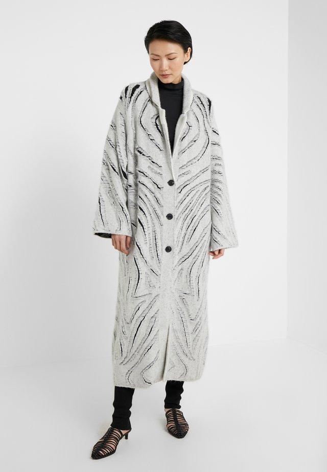 ZEBRA FRINGE COAT - Cardigan - white/black