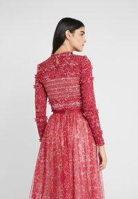 Needle & Thread - FLORAL SMOCKED LONG SLEEVE CROP - Camicetta - cherry red - 2