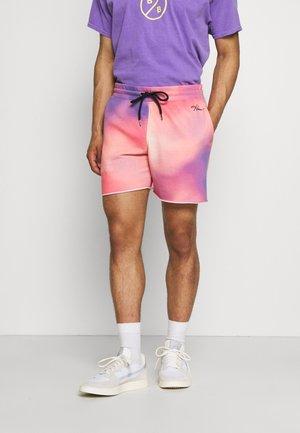 PINEAPPLE - Shorts - pink/purple