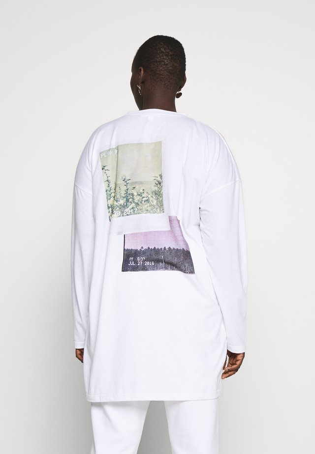 FADED PRINT LONG SLEEVE DRESS - Vestito di maglina - white