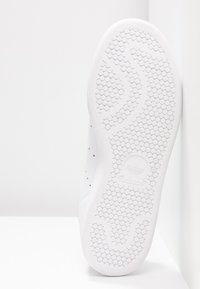 adidas Originals - STAN SMITH - Trainers - footwear white/silver metallic/clear mint - 6