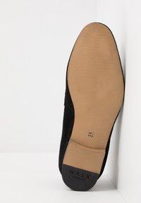 Walk London - DANNY PENNY LOAFER - Scarpe senza lacci - black - 4