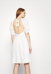 Who What Wear - CUT OUT BACK DRESS - Day dress - powder - 2
