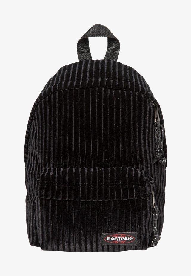 Reppu - velvet black
