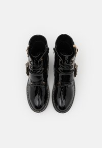 New Look - BUSY LACE UP CHUNKY - Cowboy/biker ankle boot - black - 5