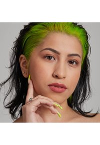 Nyx Professional Makeup - TOTAL CONTROL PRO DROP FOUNDATION - Foundation - medium buff - 3
