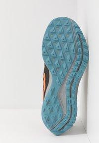 Nike Performance - AIR ZOOM PEGASUS 36  - Vaelluskengät - sequoia/orange trance/medium olive - 4
