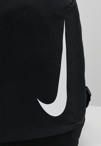 Nike Performance - ACADEMY TEAM - Tagesrucksack - black/white - 2