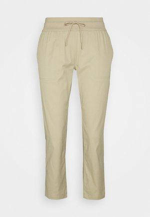 WOMEN'S APHRODITE CAPRI - 3/4 sports trousers - twill beige