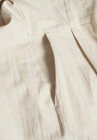 Selected Femme - SLFMALVINA - Jumpsuit - sandshell - 2