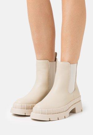 TURNER - Platform ankle boots - offwhite