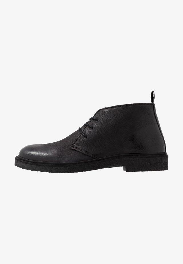 HALSEY - Sportieve veterschoenen - black