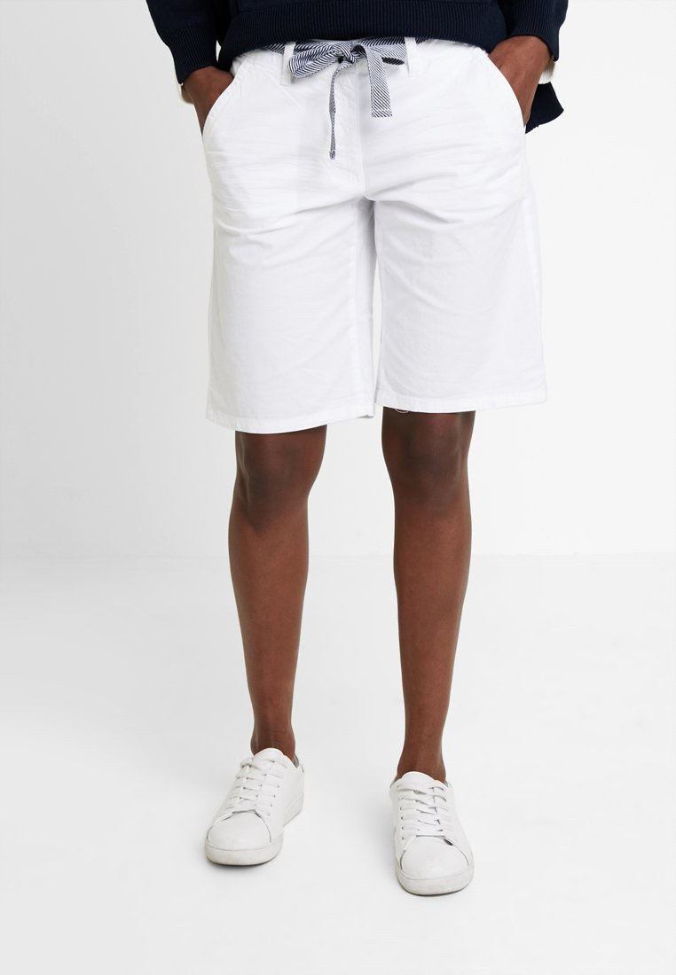 TOM TAILOR - CHINO BERMUDA - Szorty - white
