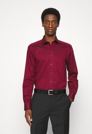 MODERN - Formal shirt - dark red